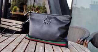 Gucci men's leather clutch black