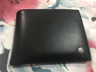 🚚 Pre loved Mont Blanc wallet