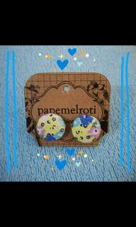 Papemelroti button earrings