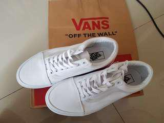 Vans old skool true white BNIB - putih