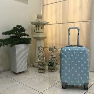 Cabin size luggage bag (Blue polka dots)