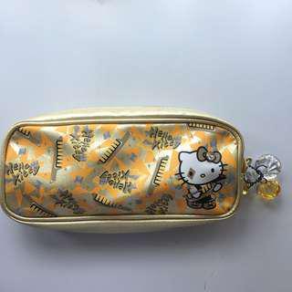 金色特別版Hello Kitty 筆袋