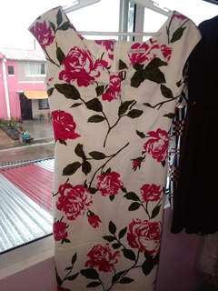 Olive branch dress (white with rose design)
