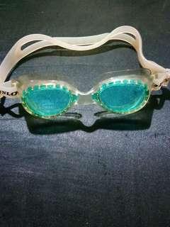 Kacamata renang Dunlop