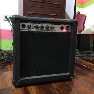 15 G 15 Watts Guitar Amplifier