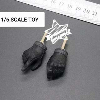 1/6 SCALE EASY&SIMPLE ES26009R SMU TIER 1 OPERATOR GLOVED HANDS W/PEGS
