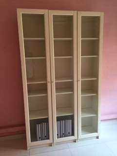3 Billy bookshelves