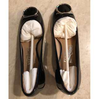 New Sophisticated Ferragamo Work Shoes - Size 7C (Reduced Price)