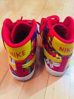 Nike limited edition sports shoes