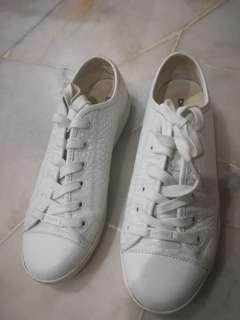 DKNY women shoe