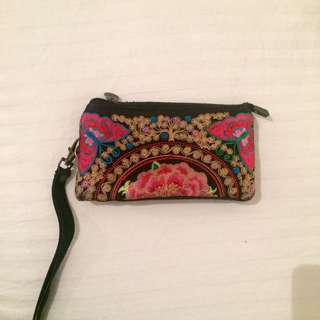 Embroidered flower wallet