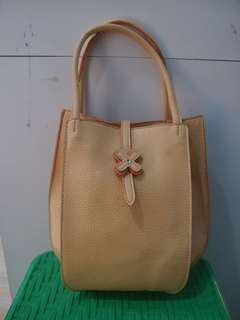 PRETTY FIT authentic hand bag