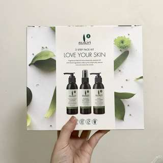Sukin Natural Skin Care Set