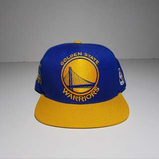 Mitchell & Ness GSW Limited Edt. w/ Curry Signature