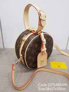 C-321548 LV Round Sling Bag