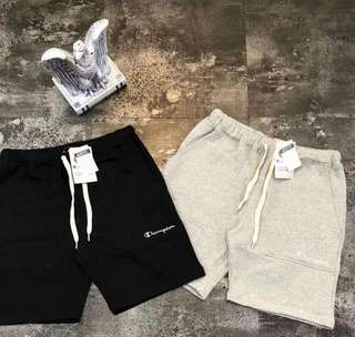 Champion pants in blk or white