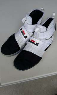 Basketball Nike Shoes - LeBron Soldier 10