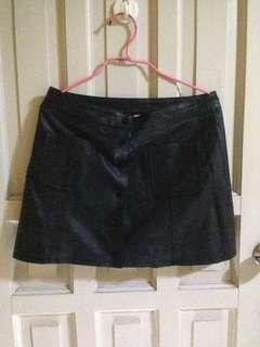 H&M button down skirt