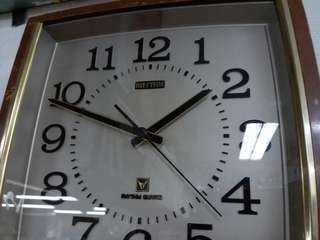 Vintage~RHYTHM~Wall Clock 中古懷舊~日本麗聲~掛牆時鐘~Working