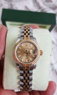 Rolex ladies gold and new model 95%good