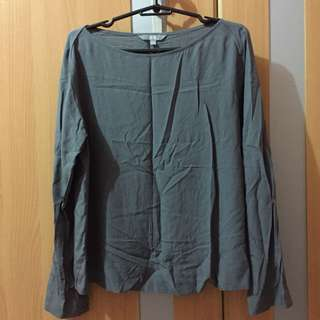 Uniqlo gray rayon blouse