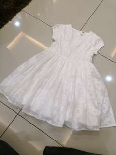 Oshkosh White Dress (5-6y) like New
