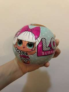 LOL surprise doll series 1 (gold ball)