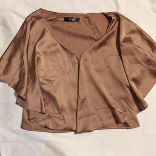 Missguided satin cape sleeve top BNWT