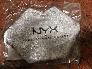 🚚 Nyx化妝包