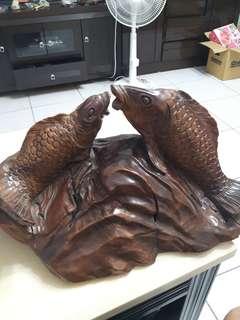 🚚 早期台灣牛樟木鯉魚雕