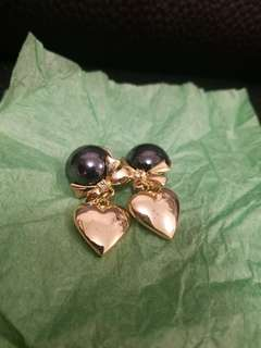 """""""Women's earrings"""