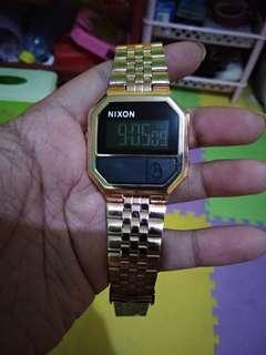 jam tangan nixon gold kw masih mulus