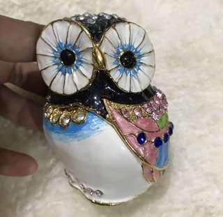 Sale!!! Php1800 Elegant Decor Owl