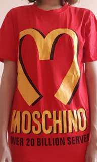 🚚 Moschino MacDonald's red oversized shirt