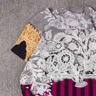 🚚 復古古著vintage.歐式華麗巴洛克風鮮豔蕾絲花朵印花圖騰條紋上衣