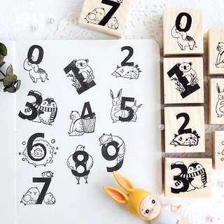 (PO) Number Animals Wooden Stamp