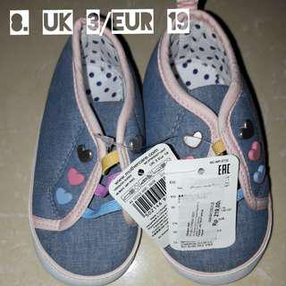 Pram Shoes original mothercare size UK 3/ EUR19