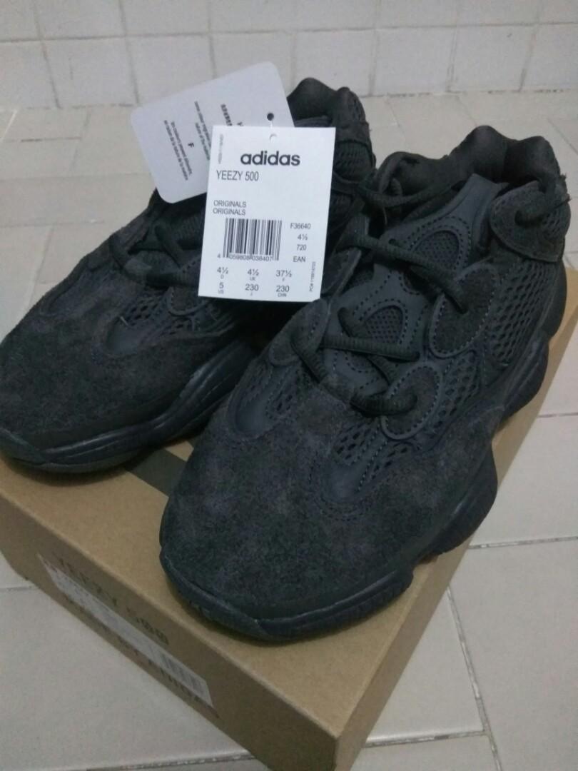 9208d7871e40f Adidas Yeezy 500 Utility Black