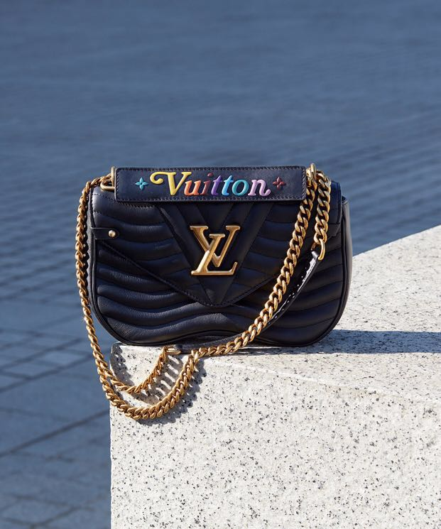 Authentic brand new Louis Vuitton New wave chain bag MM 7492e9a688eb3