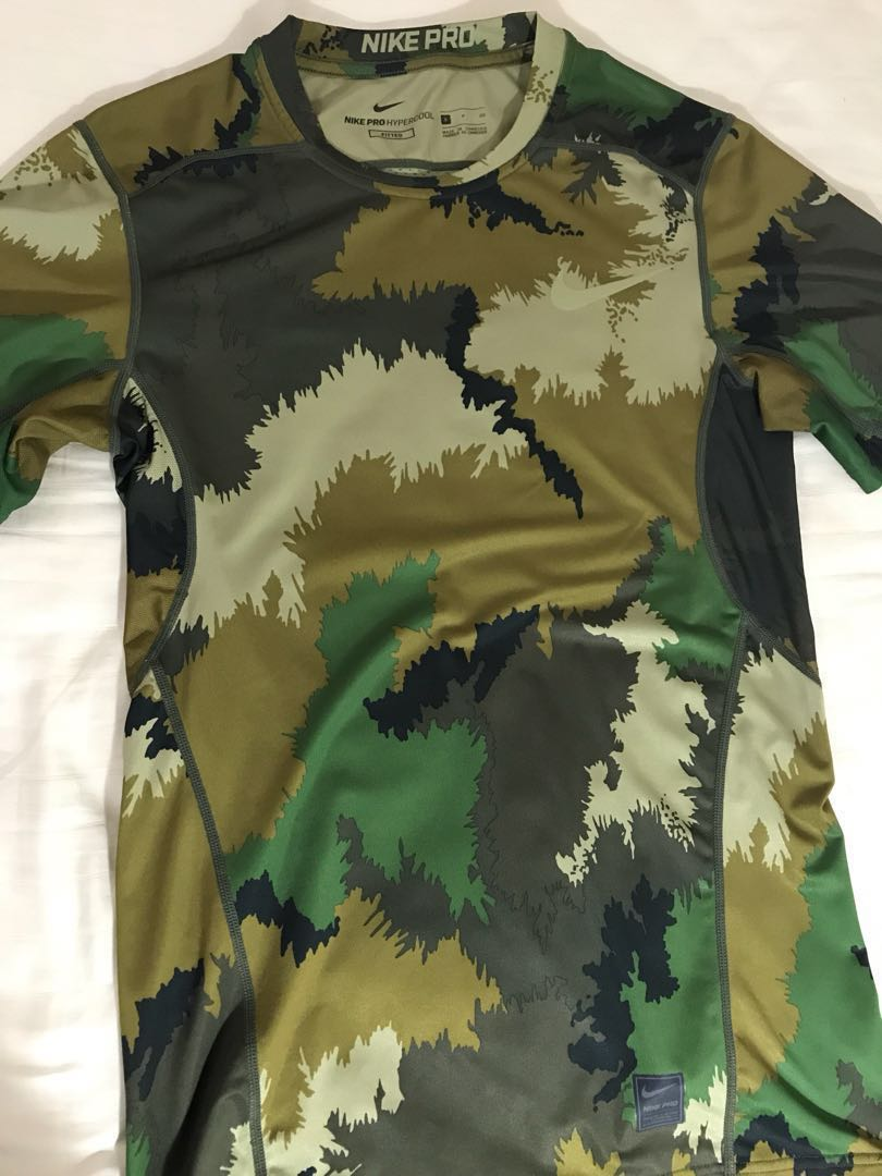 ca6ff370 AUTHENTIC NIKE HYPERCOOL CAMO TEE SIZE S, Men's Fashion, Clothes ...