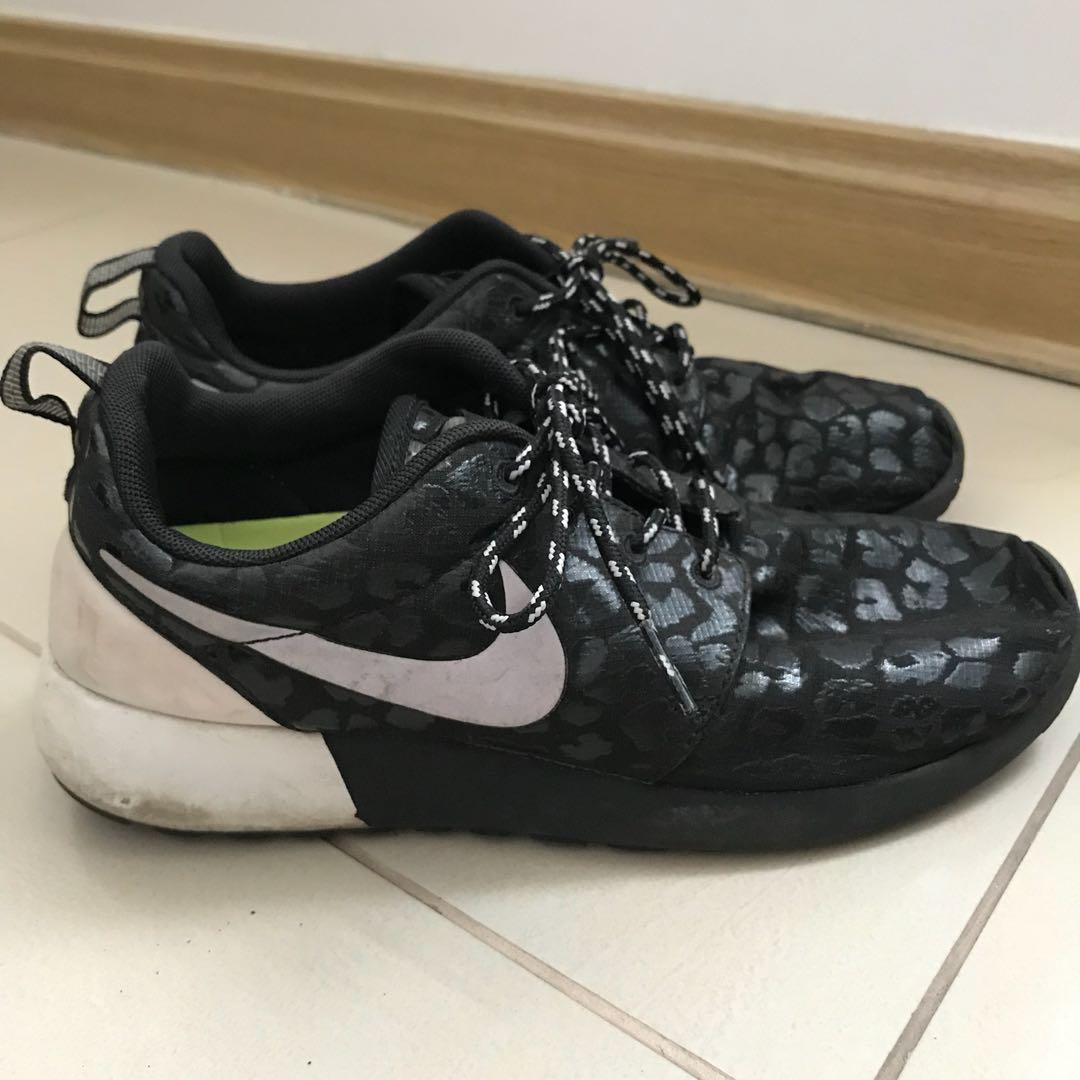 821e9998efe5 Authentic black Fashion Roshe Nike Preloved Women s Leopard Run nA1tnBxwvr