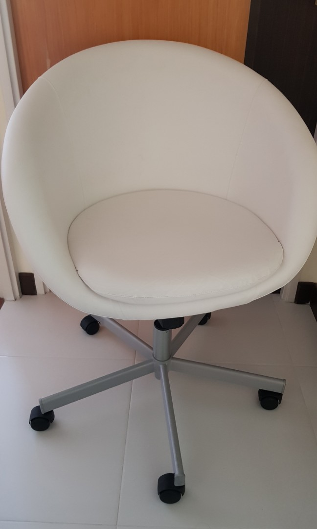 Ikea Skruvsta Swivel Chair Idhult White Furniture Tables Chairs On Carousell