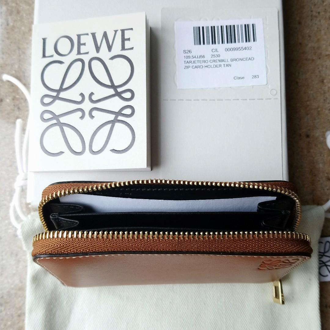 Loewe Tan Leather Zip Card Holder (啡色卡片套)