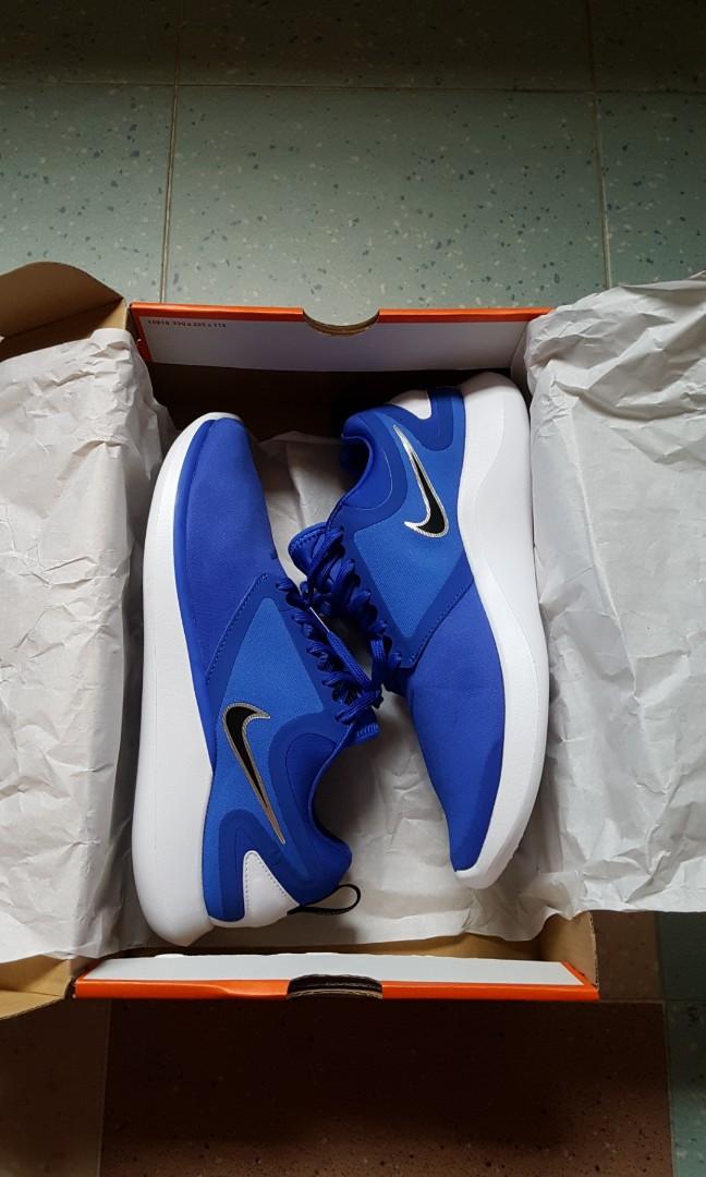 aaebfc9453ea Nike Lunarsolo Running Shoes Blue