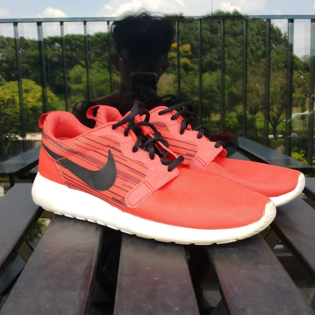 b609156cc753 Nike Roshe Run Hyperfuse