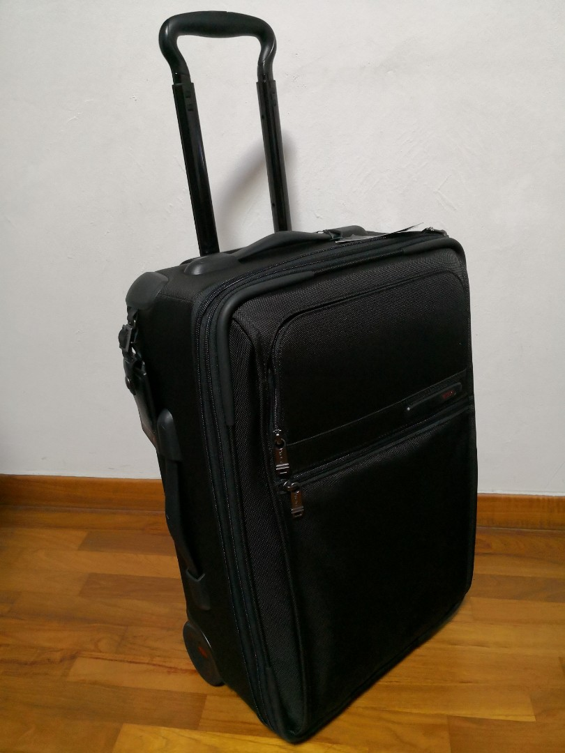 Tumi International Expandable 2 Wheel Carry On Mens Fashion Bags