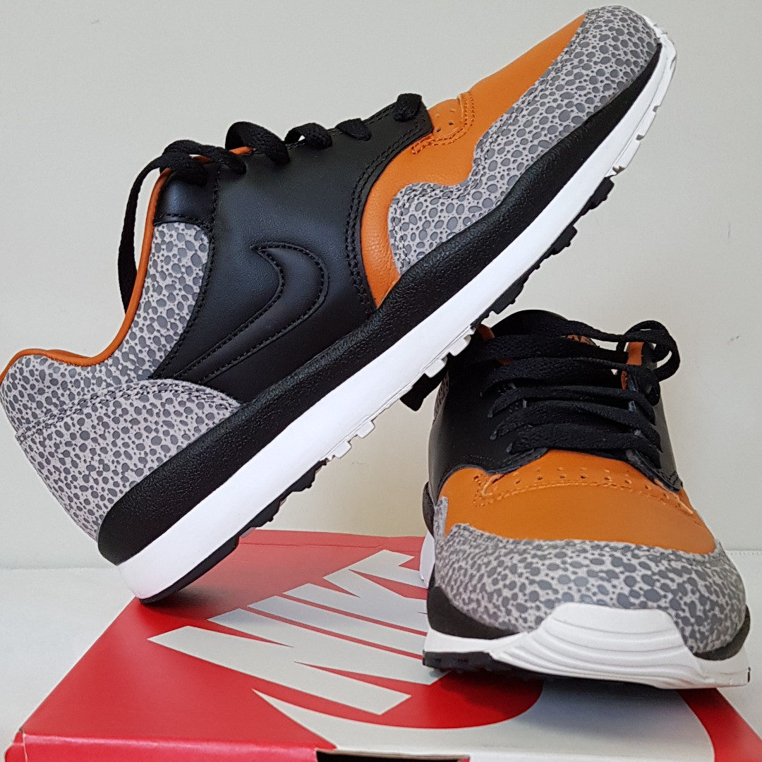 72c92ce528 US 8.5 Nike Air Safari Quick Strike, Men's Fashion, Footwear ...