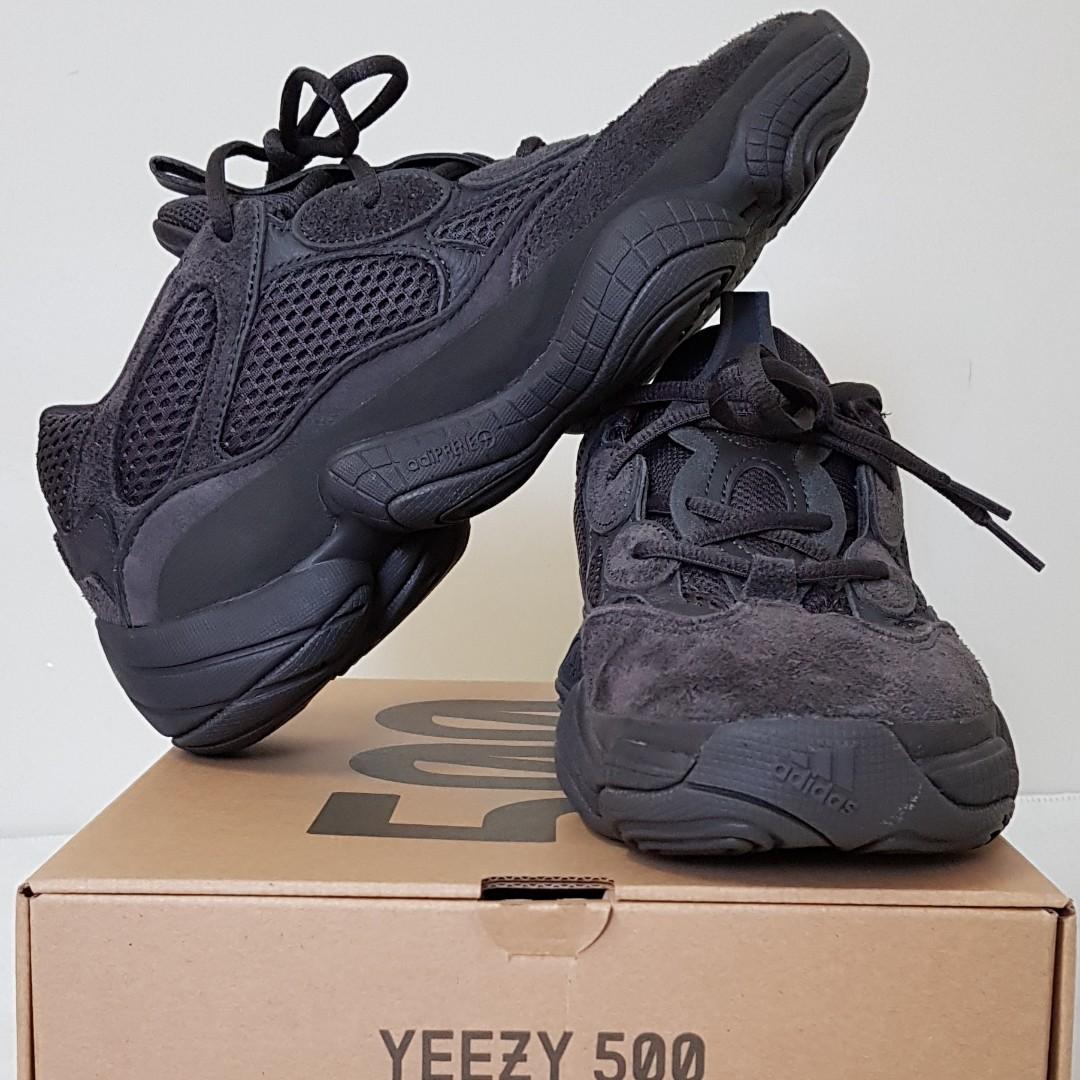 992103054 US 9 Yeezy 500 Utility Black