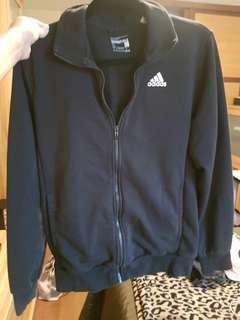 Adidas sweater size small