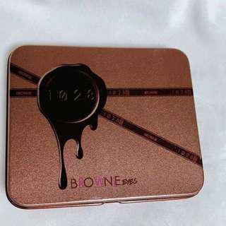 1028 布朗尼眼妝盒